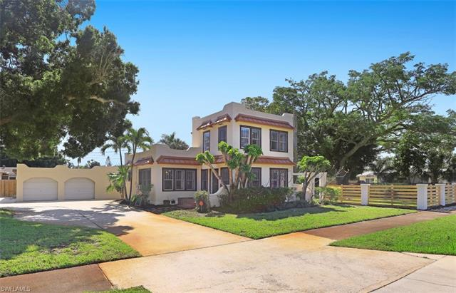 3829 Hanover St, Fort Myers, FL 33901