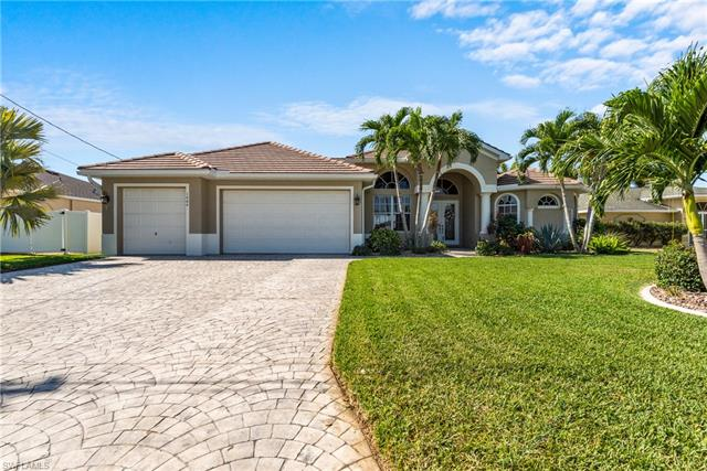1404 Se 13th Ter, Cape Coral, FL 33990