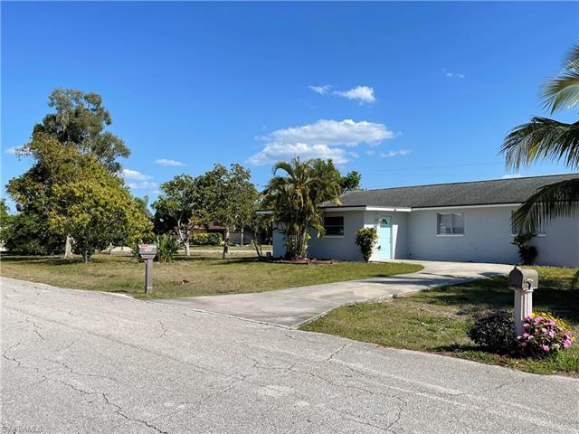 7326 Lobelia Rd, Fort Myers, FL 33967