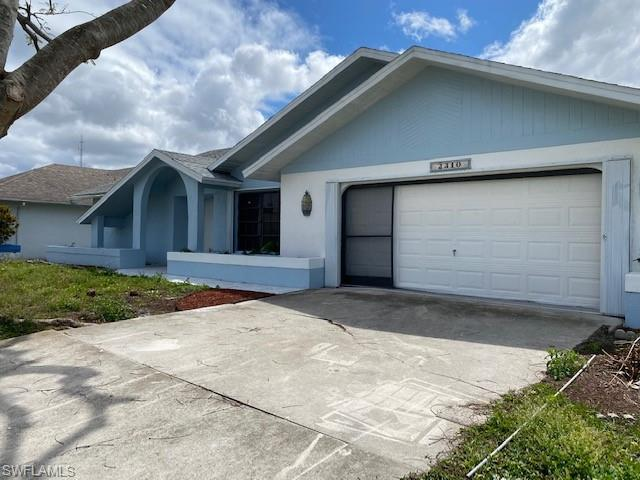 2310 Sw 31st Ln, Cape Coral, FL 33914