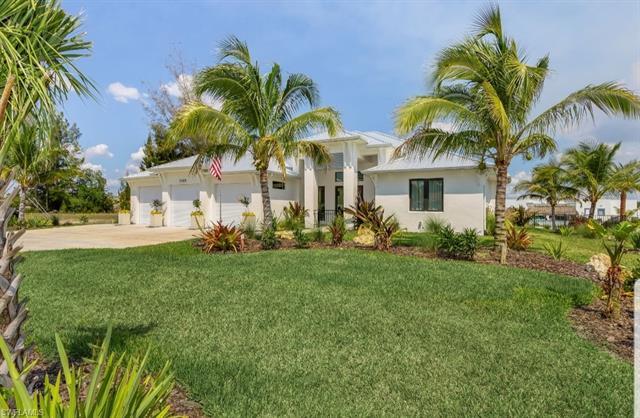 2405 Sw 11th Ave, Cape Coral, FL 33991