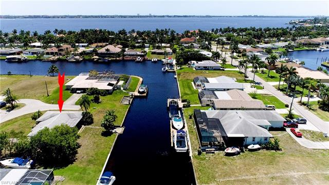 5348 Cocoa Ct, Cape Coral, FL 33904