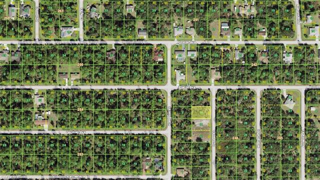 3281 Dunbar St, Port Charlotte, FL 33948