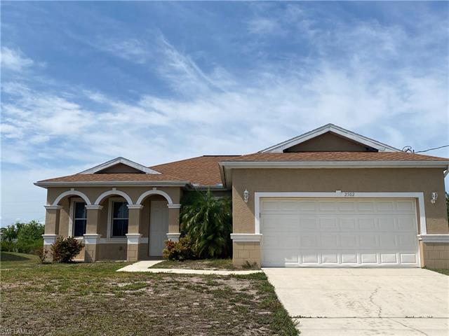 2502 26th St W, Lehigh Acres, FL 33971