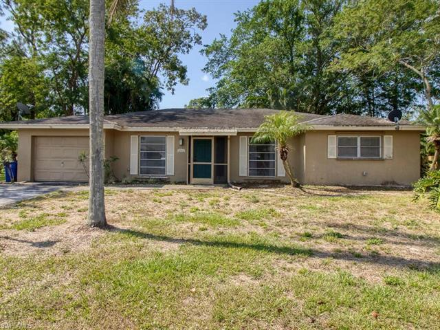 2348 Ivy Ave, Fort Myers, FL 33907