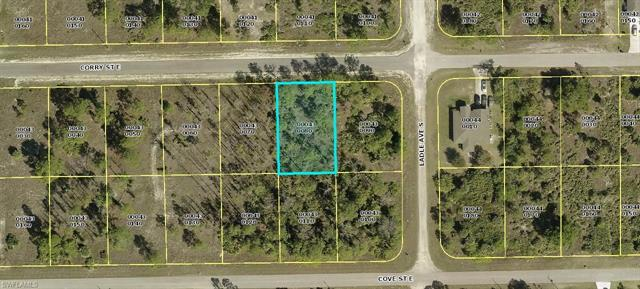 543 Flamingo Ave S, Lehigh Acres, FL 33974