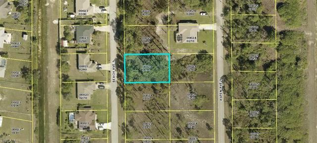 521 Beach Ave S, Lehigh Acres, FL 33974