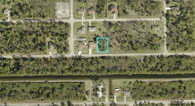 937 Alcalde St E, Lehigh Acres, FL 33974
