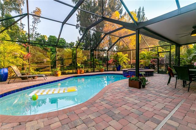 6767 Highland Pines Cir, Fort Myers, FL 33966
