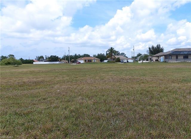 2451 Tropicana Pky W, Cape Coral, FL 33993