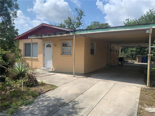 48 Abaco St, Lehigh Acres, FL 33936