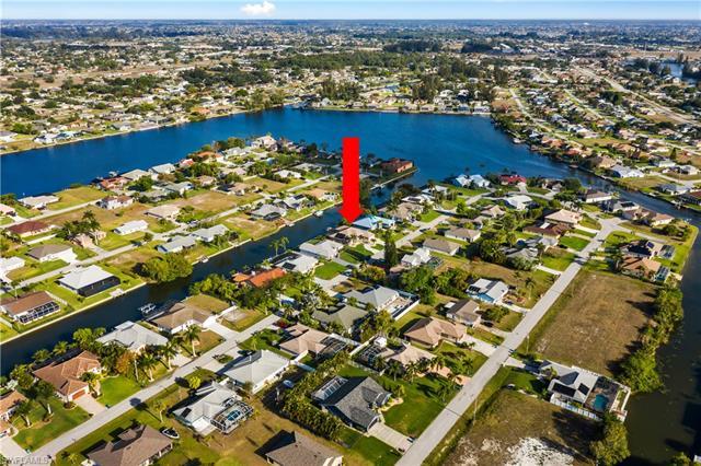 1226 Sw 4th Ave, Cape Coral, FL 33991