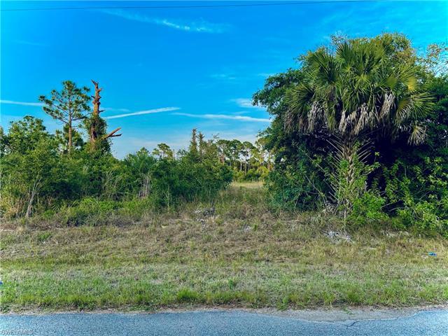 615 Tomasello Ave, Lehigh Acres, FL 33974