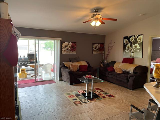 3910 11th St W, Lehigh Acres, FL 33971