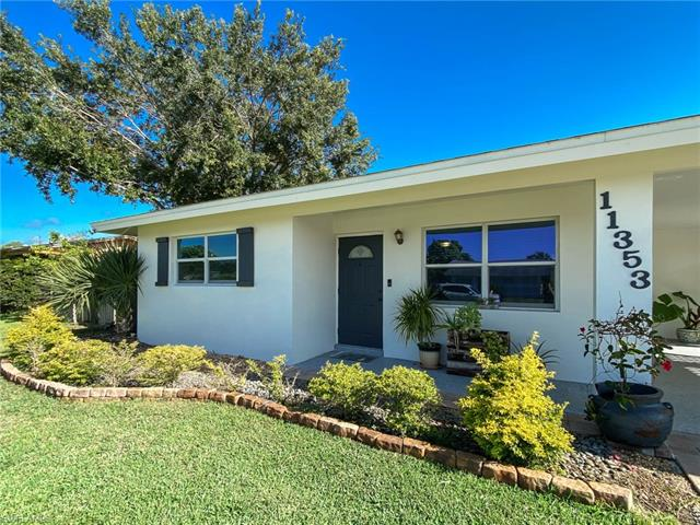 11353 Tangerine Dr, Bonita Springs, FL 34135