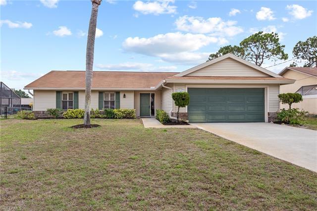 17486 Meadow Lake Cir, Fort Myers, FL 33967