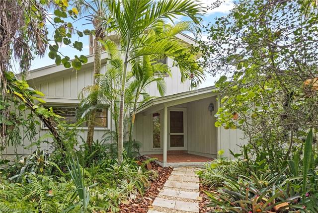 9456 Beverly Ln, Sanibel, FL 33957