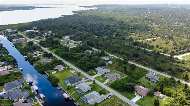 12387 Kneeland Ter, Port Charlotte, FL 33981