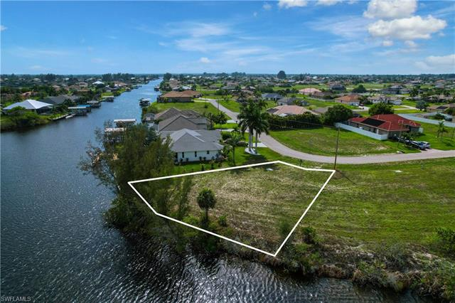 1001 Nw 33rd Ave, Cape Coral, FL 33993