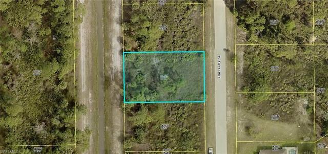 725 Pinecastle Dr, Lehigh Acres, FL 33974