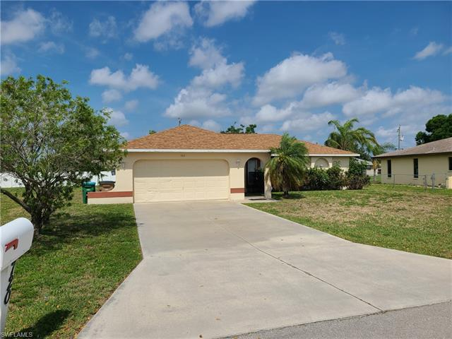 720 Se 11th Pl, Cape Coral, FL 33990