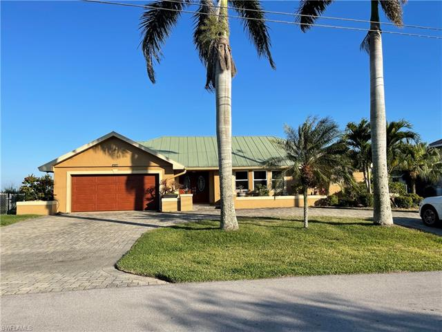 2612 Se 28th St, Cape Coral, FL 33904