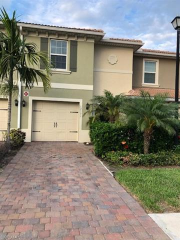 12571 Laurel Cove Dr, Fort Myers, FL 33913