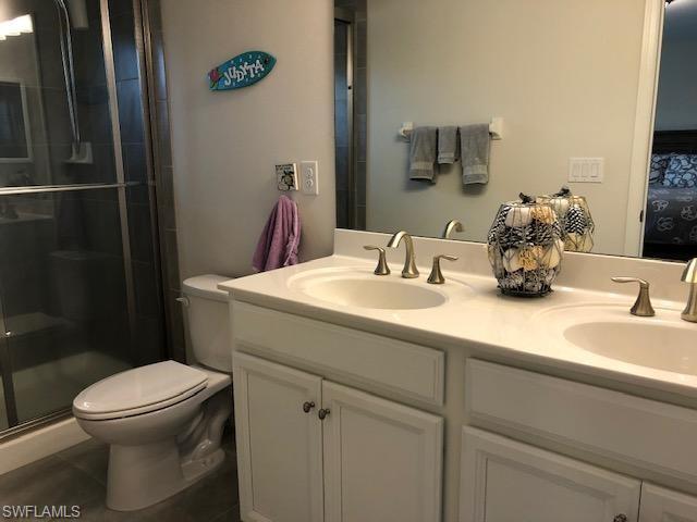 12571 Laurel Cove Dr, Fort Myers, FL 33913