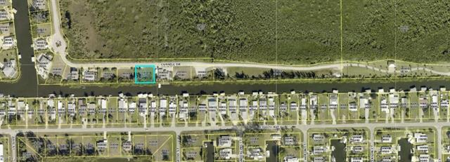 2823 Cussell Dr, St. James City, FL 33956