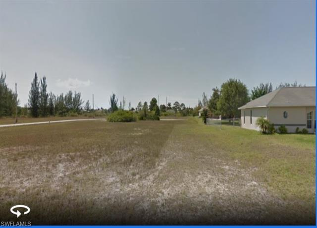2104 Nw 22nd Pl, Cape Coral, FL 33993