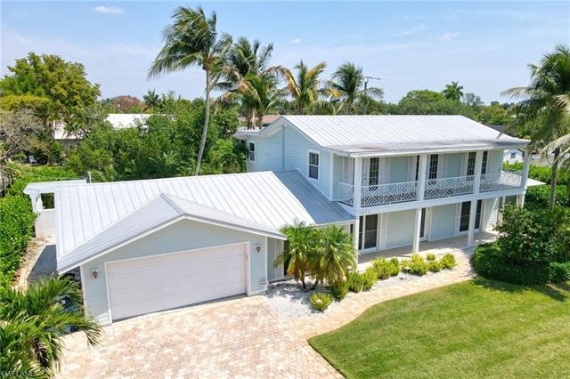 1011 Wyomi Dr, Fort Myers, FL 33919