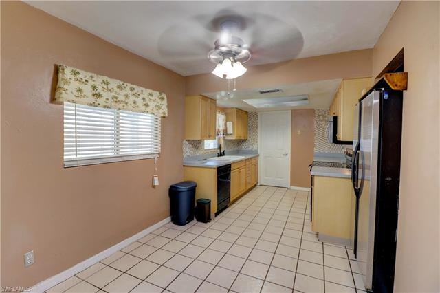 18567 Flamingo Rd, Fort Myers, FL 33967