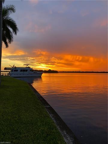 5255 Lake Caloosa Dr, Fort Myers, FL 33905