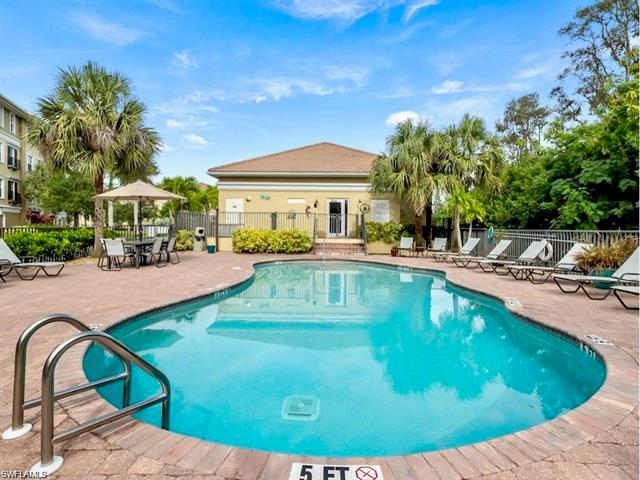 10061 Lake Cove Dr 301, Fort Myers, FL 33908