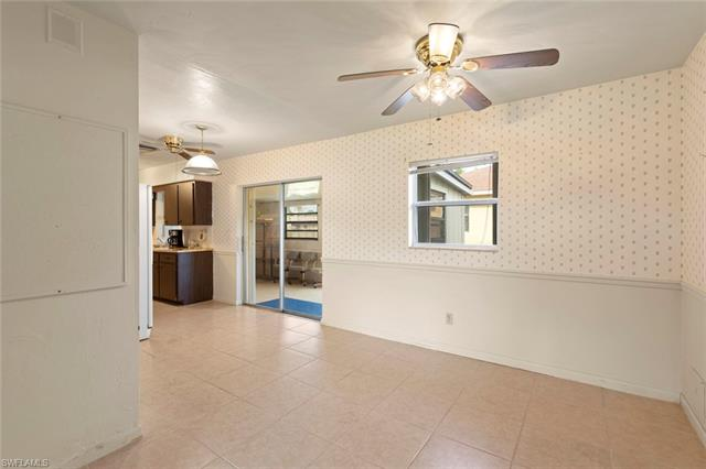 7503 Sanibel Blvd, Fort Myers, FL 33967
