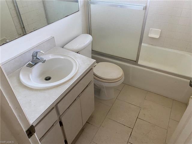 3516 Sw Santa Barbara Pl, Cape Coral, FL 33914