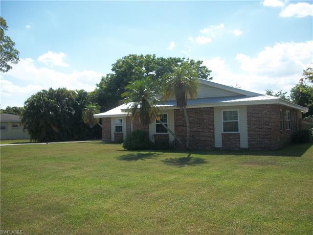 209 De Soto Ave, Clewiston, FL 33440