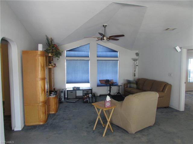3751 Blueberry Ln, St. James City, FL 33956