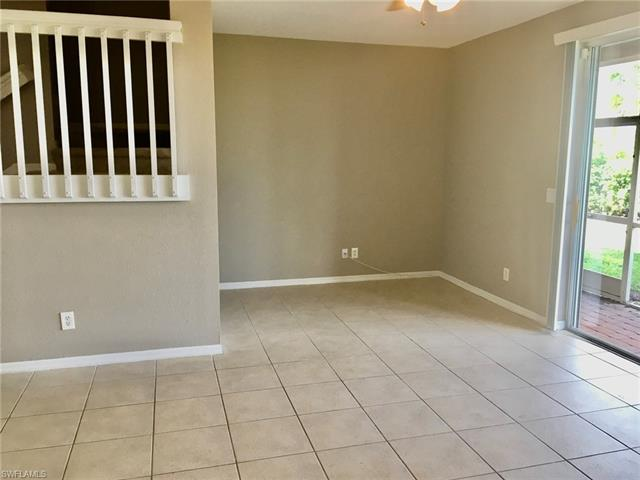 9711 Roundstone Cir, Fort Myers, FL 33967
