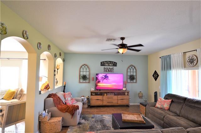 9376 Via San Giovani St, Fort Myers, FL 33905