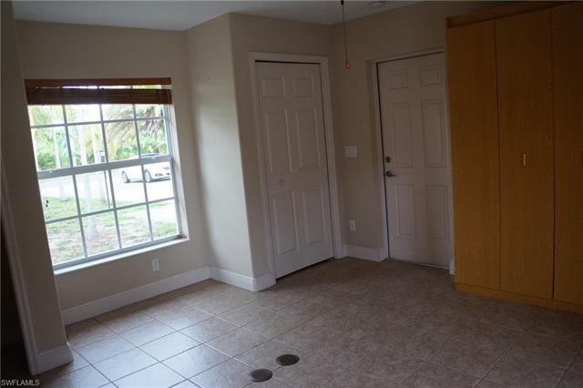 5040 Island Acres Ct, St. James City, FL 33956