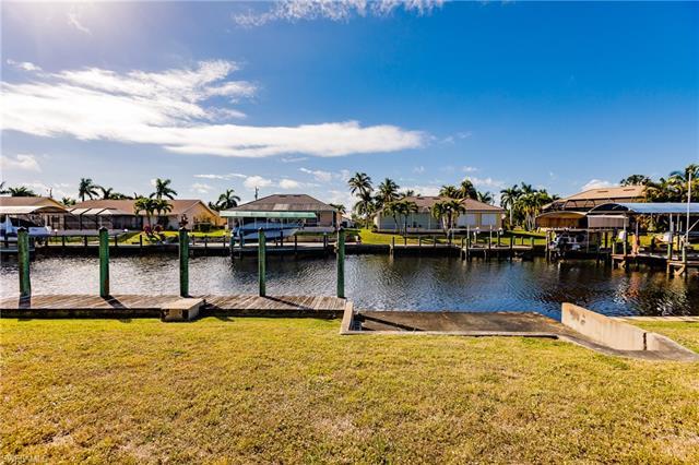 1528 Sw 53rd Ln, Cape Coral, FL 33914