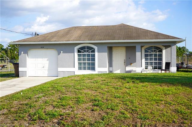 824 Lamar St E, Lehigh Acres, FL 33974