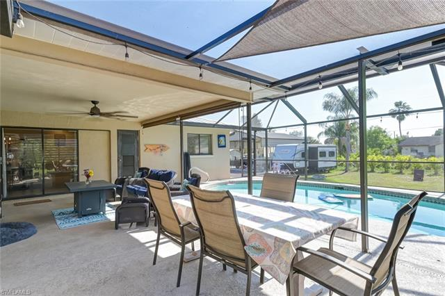 1840 Pine Wood Ct, Fort Myers, FL 33905