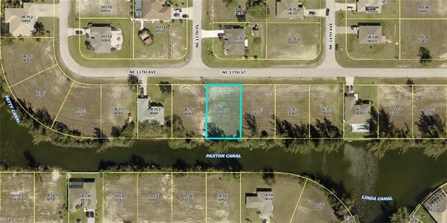1318 Ne 37th St, Cape Coral, FL 33909