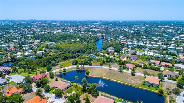 27174 Barefoot Ln, Bonita Springs, FL 34135