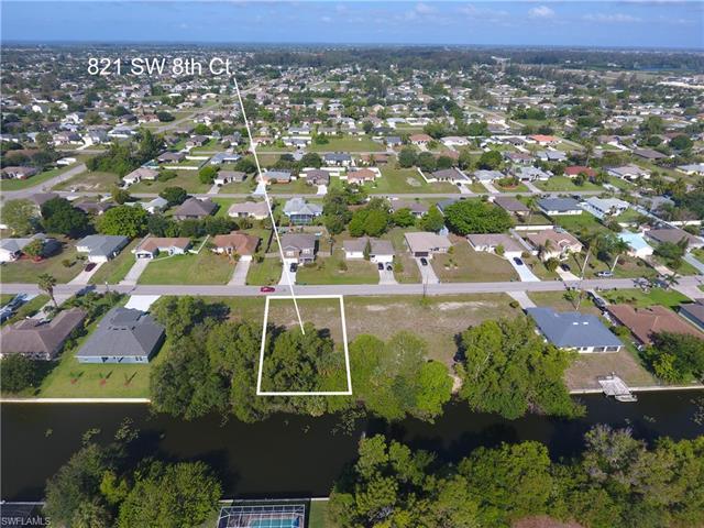 821 Sw 8th Ct, Cape Coral, FL 33991
