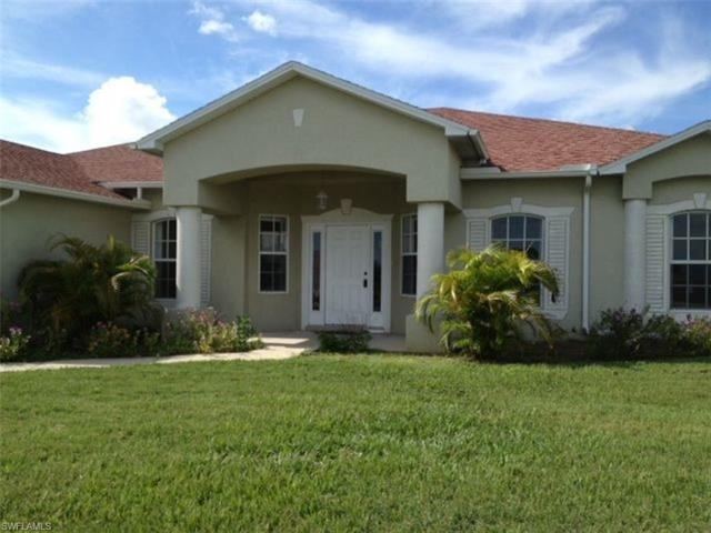 2425 Embers Pky W, Cape Coral, FL 33993