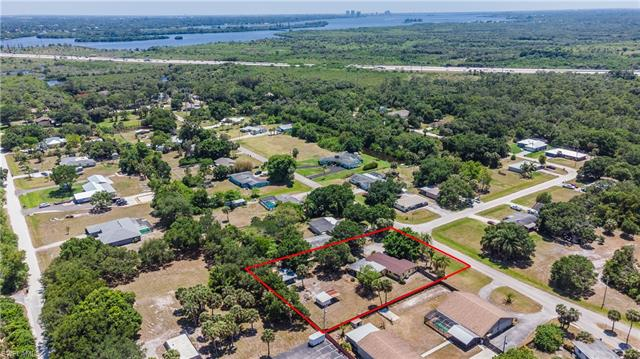 17180 E Lake Dr, North Fort Myers, FL 33917