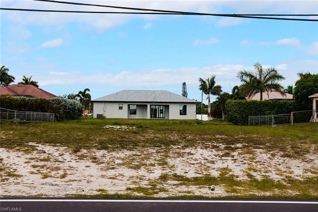 104 Nelson Rd N, Cape Coral, FL 33993